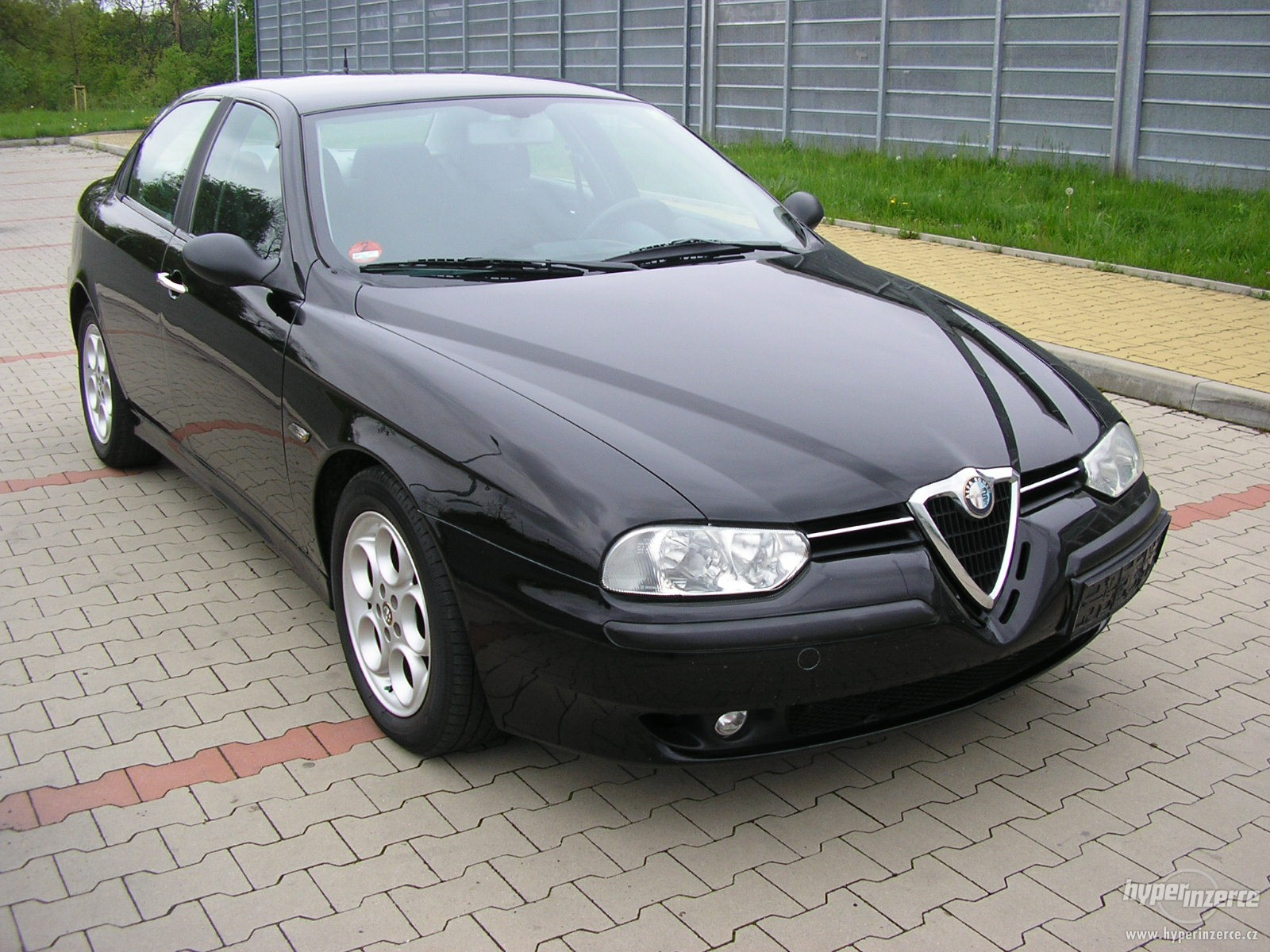 alfa romeo 156 technical specifications and fuel economy. Black Bedroom Furniture Sets. Home Design Ideas