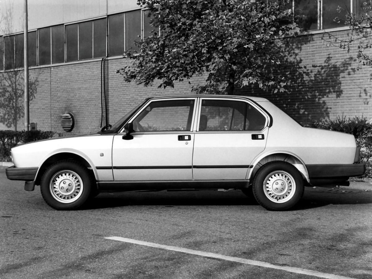 Alfa Romeo Alfetta Technical Specifications And Fuel Economy