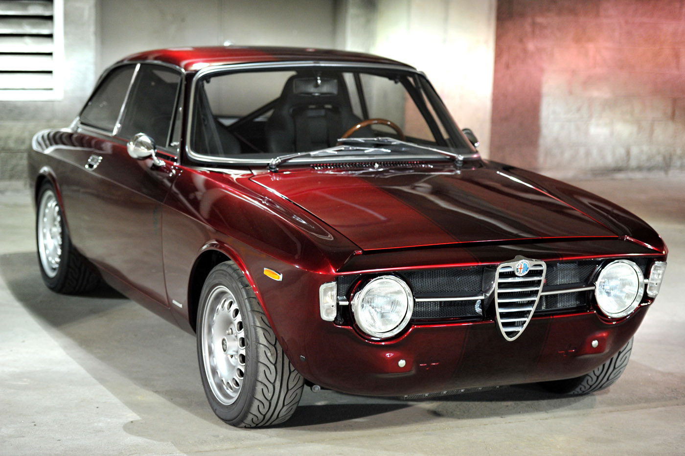 alfa romeo gt technical specifications and fuel economy. Black Bedroom Furniture Sets. Home Design Ideas