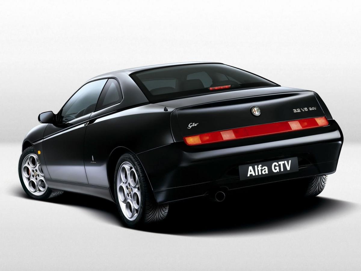 alfa romeo gtv technical specifications and fuel economy. Black Bedroom Furniture Sets. Home Design Ideas