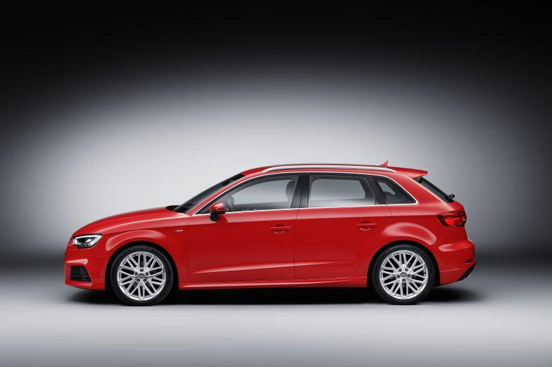 Audi A3 Sportback (8V Facelift 2016) 2.0 TFSI (190 Hp) S