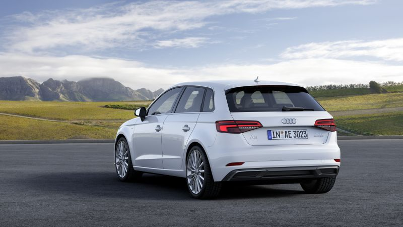 audi a3 sportback 8v facelift 2016 2 0 tfsi 190 hp s tronic. Black Bedroom Furniture Sets. Home Design Ideas