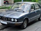 BMW  5er (E12, Facelift 1976)  520i (125 Hp)