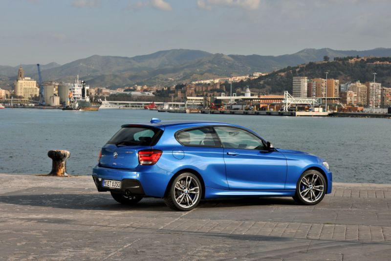 bmw 1er hatchback f21 lci facelift 2015 118d 150 hp steptronic. Black Bedroom Furniture Sets. Home Design Ideas