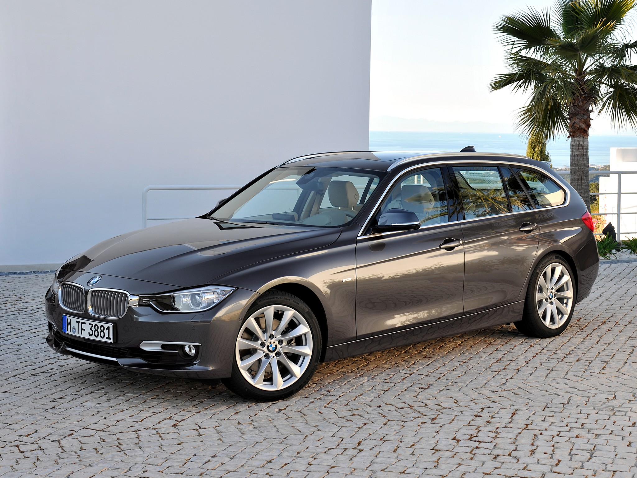 bmw 3er touring f31 335i 306 hp steptronic. Black Bedroom Furniture Sets. Home Design Ideas