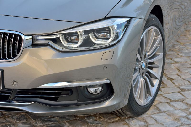 bmw 3er touring f31 lci facelift 2015 330d 258 hp steptronic. Black Bedroom Furniture Sets. Home Design Ideas