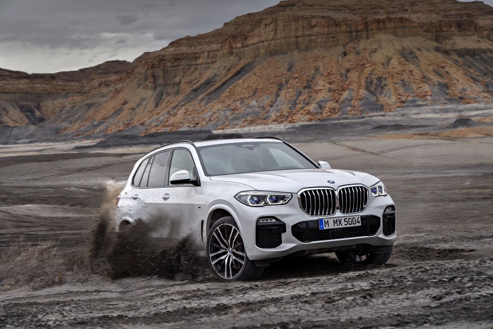 bmw x5 technical specifications and fuel economy. Black Bedroom Furniture Sets. Home Design Ideas