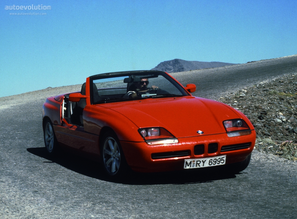 bmw z1 technical specifications and fuel economy. Black Bedroom Furniture Sets. Home Design Ideas