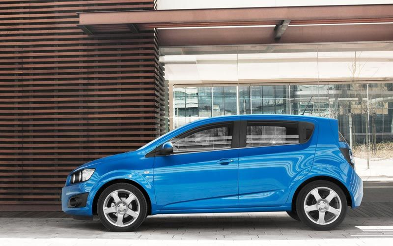 Chevrolet Aveo Technical Specifications And Fuel Economy