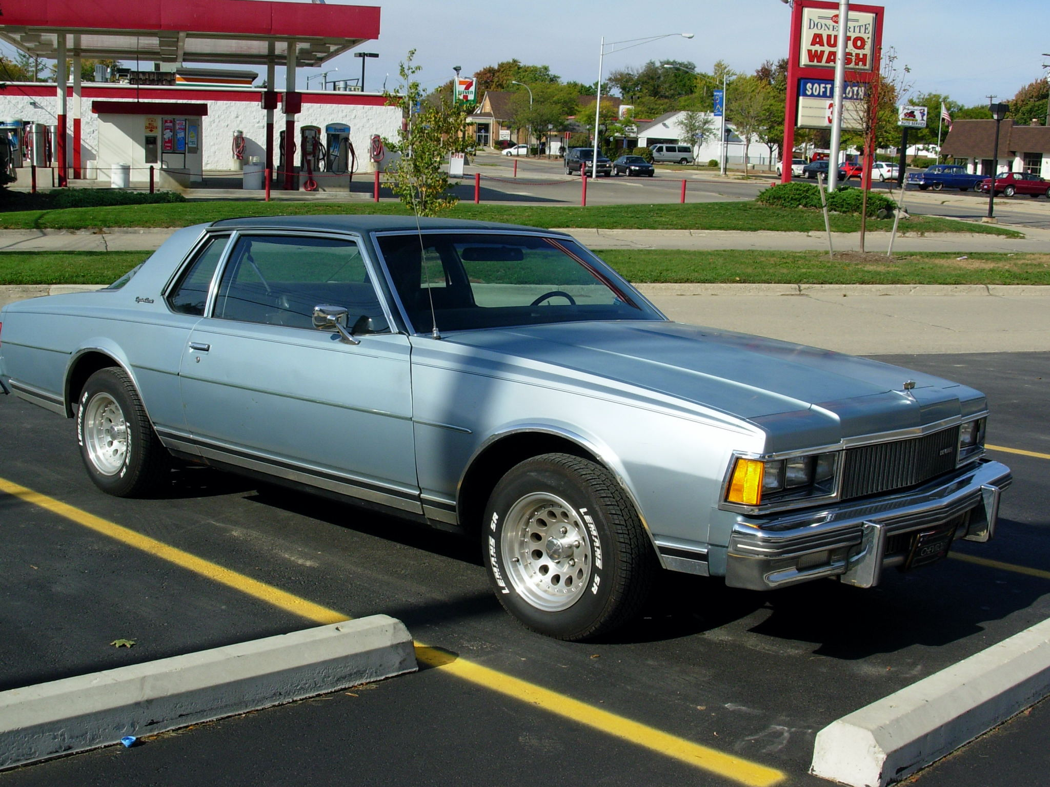 14735061317 furthermore 8461945265 furthermore Watch moreover Oldsmobile Cutlass as well 1977 Chevrolet Malibu Classic Landau Coupe 2 Door 5 0l 381633. on chevrolet caprice coupe 1977