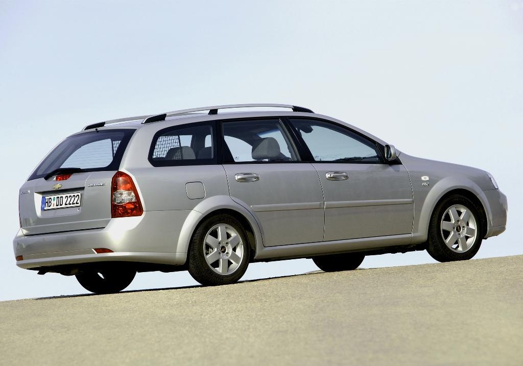 chevrolet nubira station wagon 1 6 i 16v 109 hp. Black Bedroom Furniture Sets. Home Design Ideas