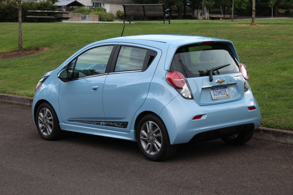 chevrolet spark technical specifications and fuel economy. Black Bedroom Furniture Sets. Home Design Ideas