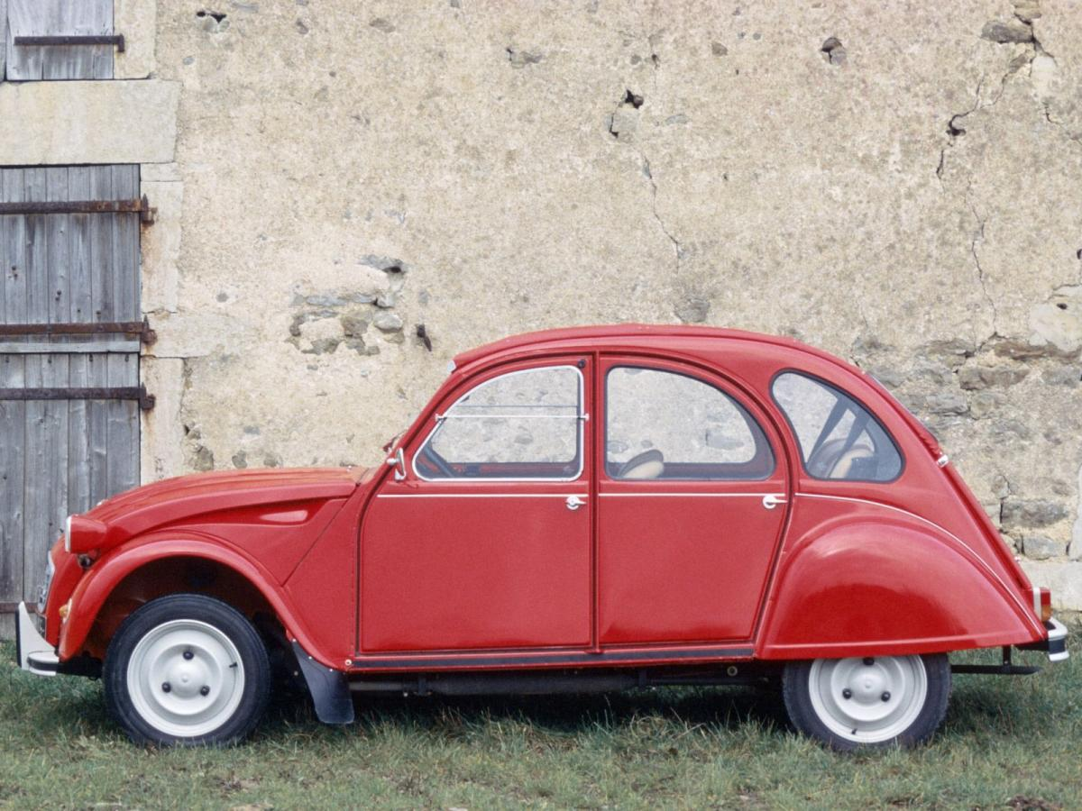 Citroen 2 CV technical specifications and fuel economy.
