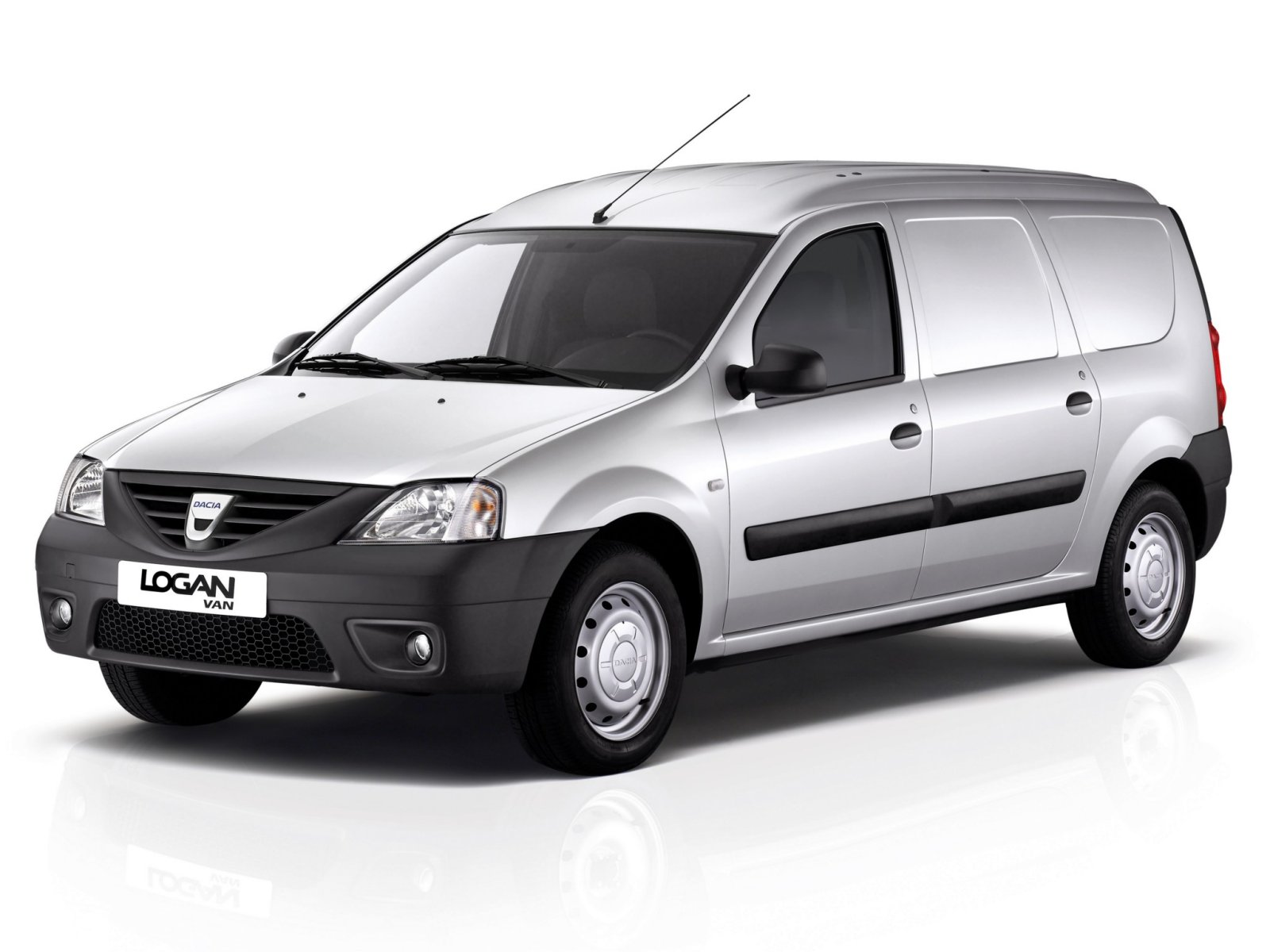 dacia logan technical specifications and fuel economy. Black Bedroom Furniture Sets. Home Design Ideas