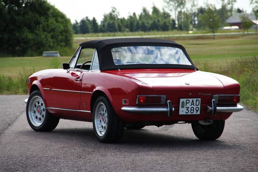 Fiat Spider B D on 1973 Fiat 128 Sport Coupe