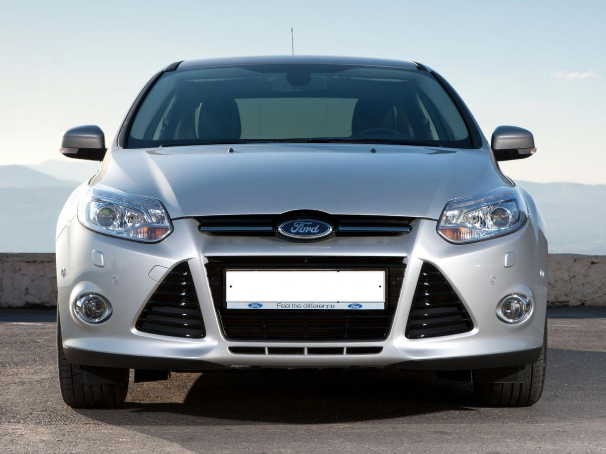 Ford Focus Iii Sedan 1 6 Tdci 115 Hp