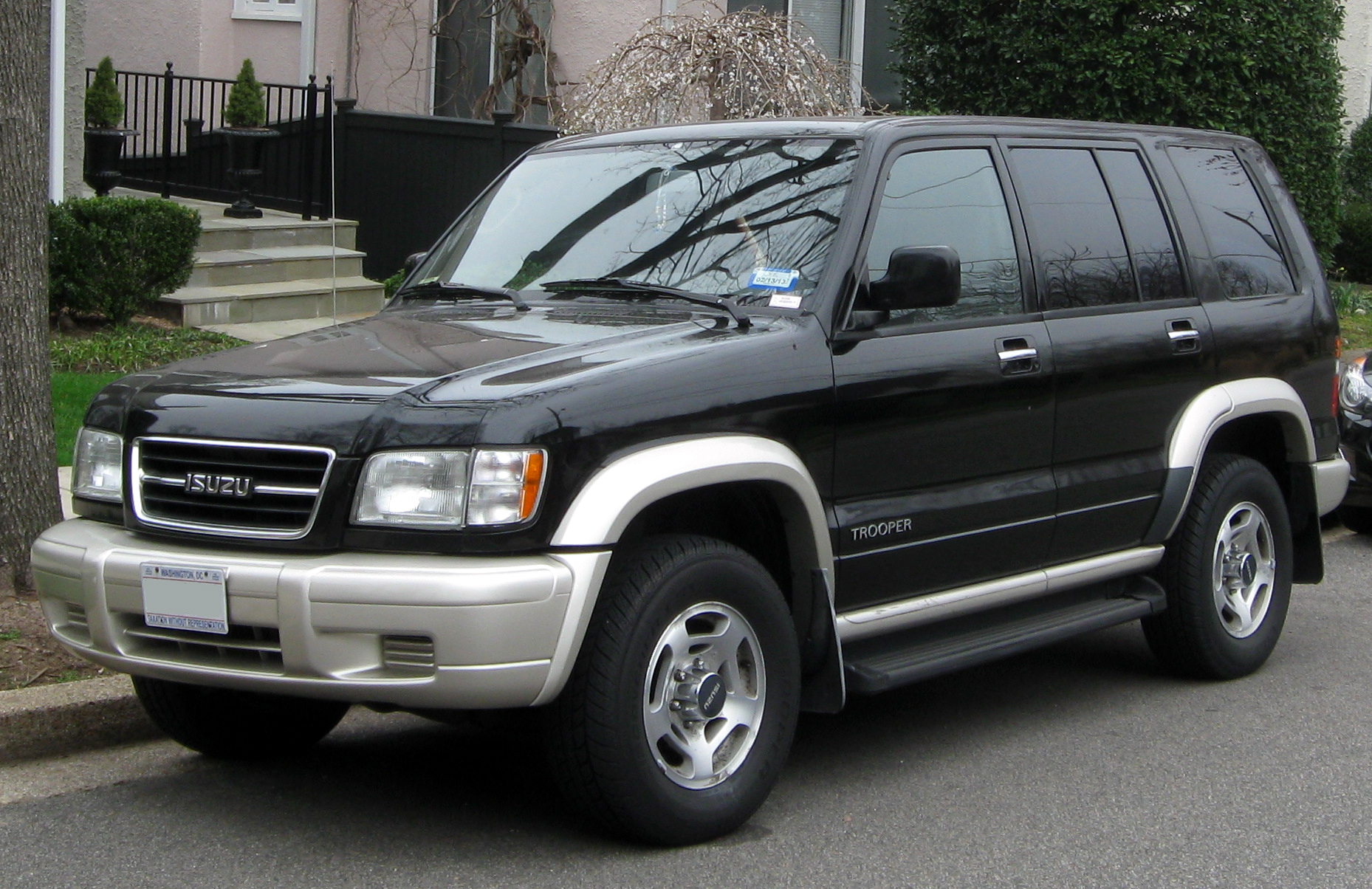 Isuzu Trooper Technical Specifications And Fuel Economy