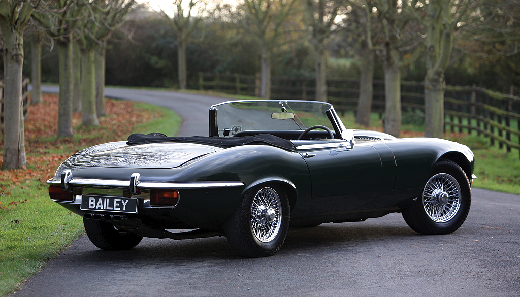 jaguar e type technical specifications and fuel economy. Black Bedroom Furniture Sets. Home Design Ideas