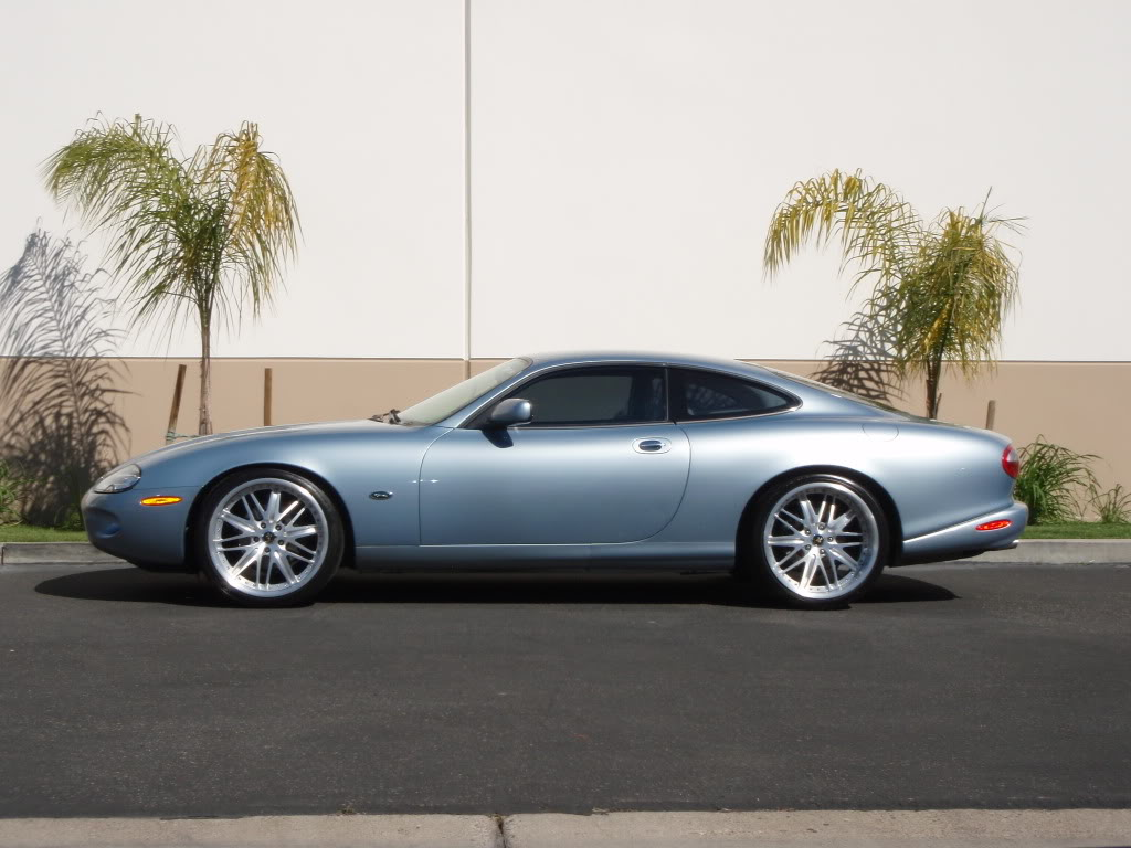 Jaguar XK 8 technical specifications and fuel economy