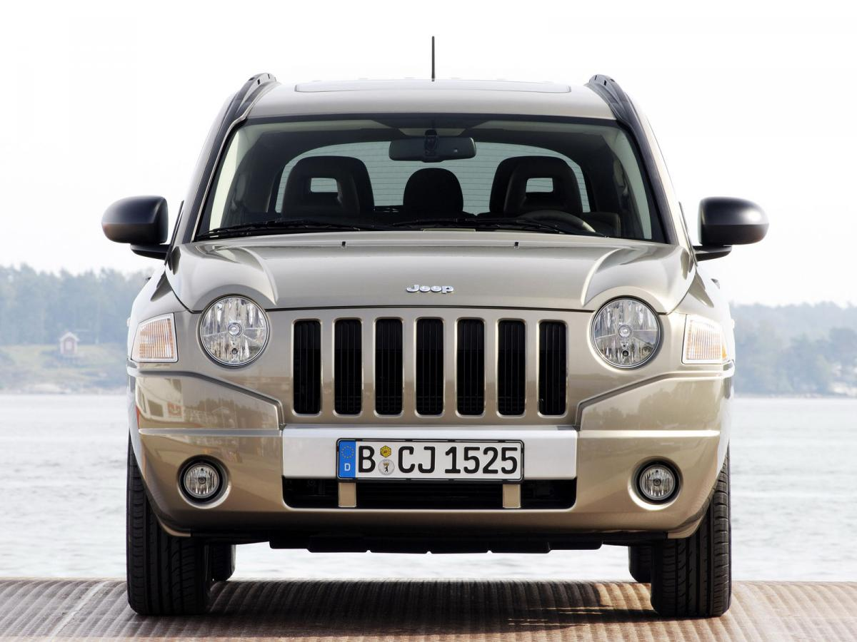jeep compass technical specifications and fuel economy. Black Bedroom Furniture Sets. Home Design Ideas