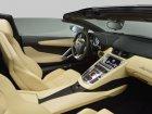 Lamborghini  Aventador LP 700-4 Roadster  6.5 V12 (700 Hp) 4WD
