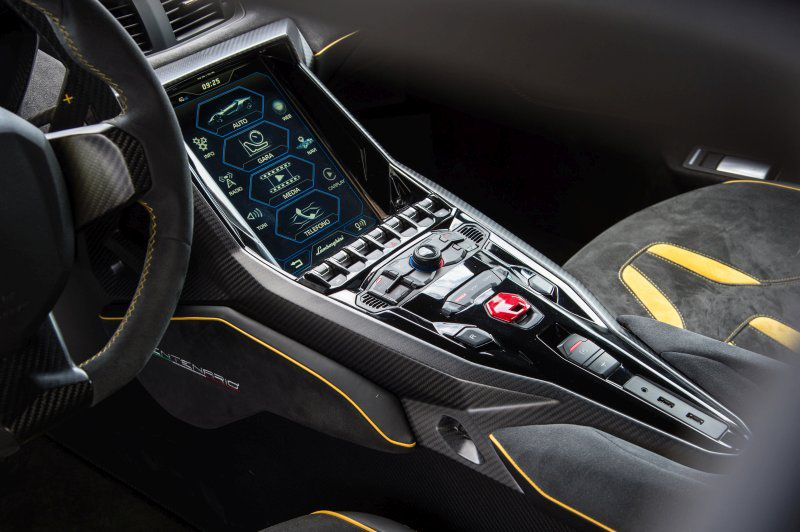 Lamborghini Centenario Lp 770 4 6 5 V12 770 Hp 4wd Isr