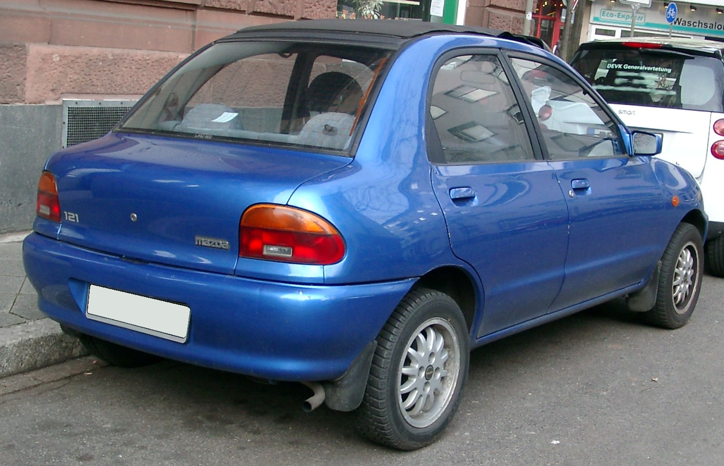 Mazda 121 Ii Db 1 3 16v 72 Hp