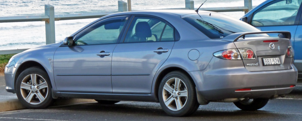 http://www.autodata1.com/media/mazda/pics/mazda-6-i-hatchback-gg1-facelift-2005-%5B26506%5D.jpg