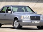 Mercedes-Benz  300 (W124)  300 D (113 Hp)