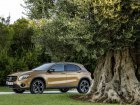 Mercedes-Benz  GLA (X156, facelift 2017)  GLA 200 (156 Hp)