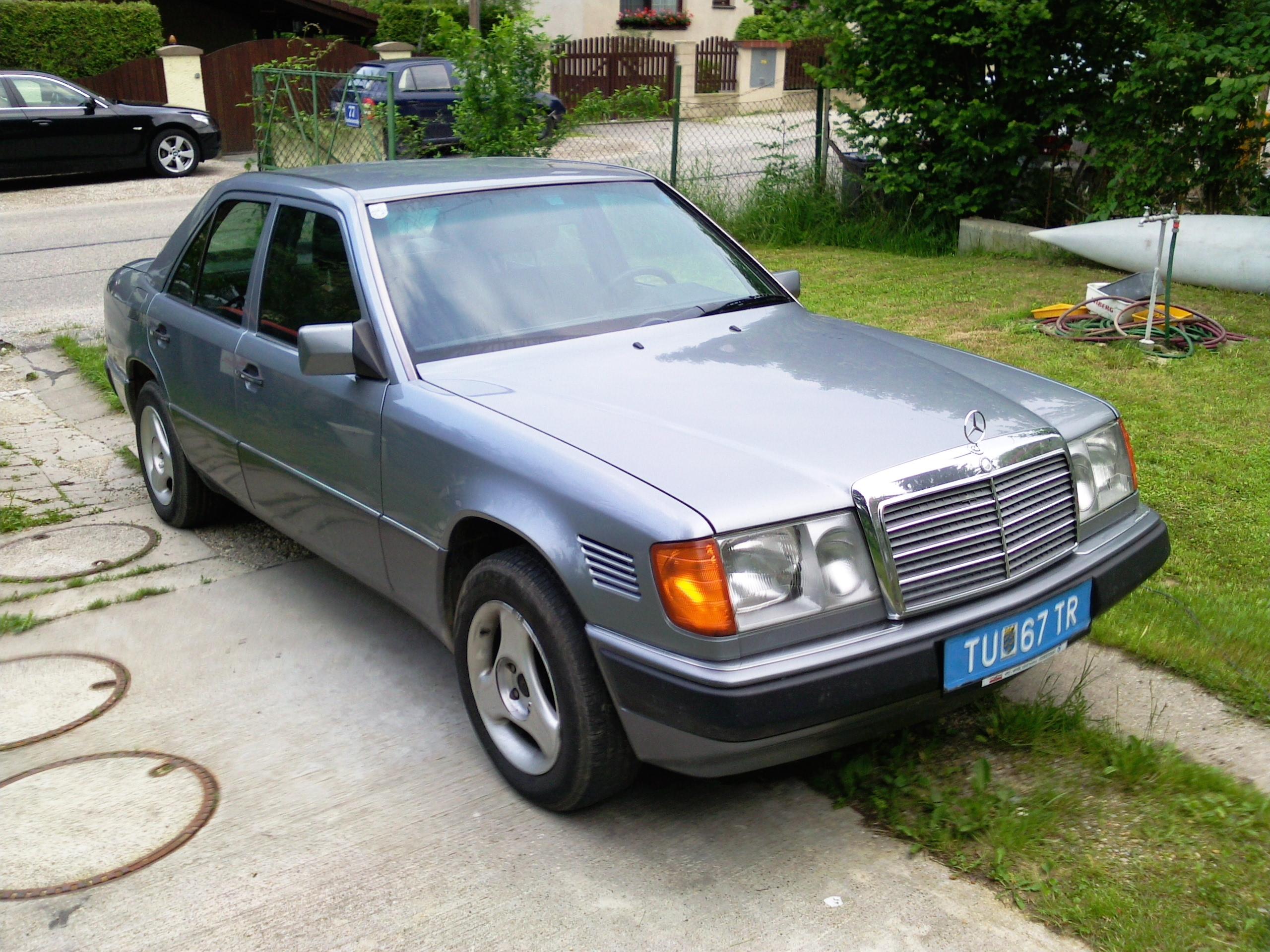 Chrysler 200 Tire Size >> Mercedes-Benz 250 (W124) 250 D (90 Hp)