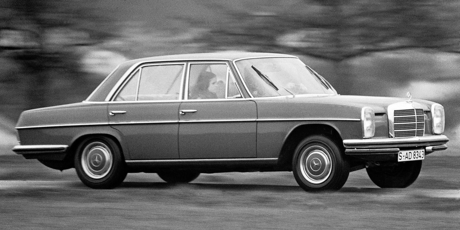 Mercedes benz 8 w114 230 6 120 hp for Mercedes benz of warwick