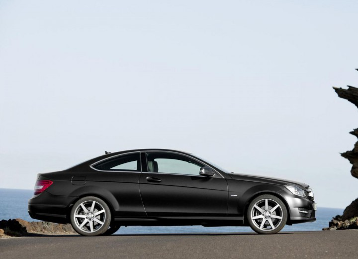 Mercedes benz c class coupe c204 facelift 2011 c 220 cdi for Mercedes benz c350 horsepower