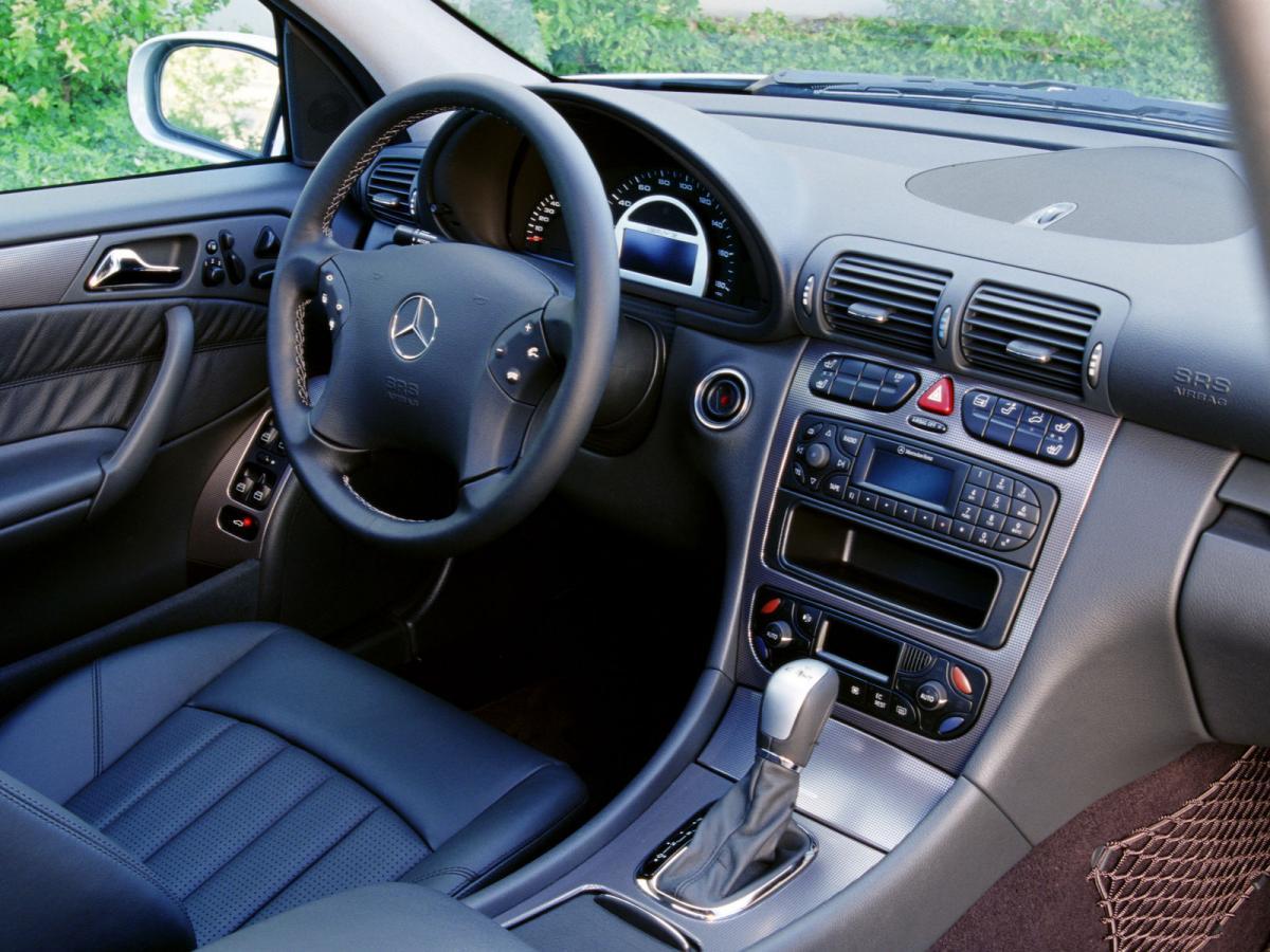 mercedes benz c class sport coupe cl203 c 230 kompressor 192 hp. Black Bedroom Furniture Sets. Home Design Ideas