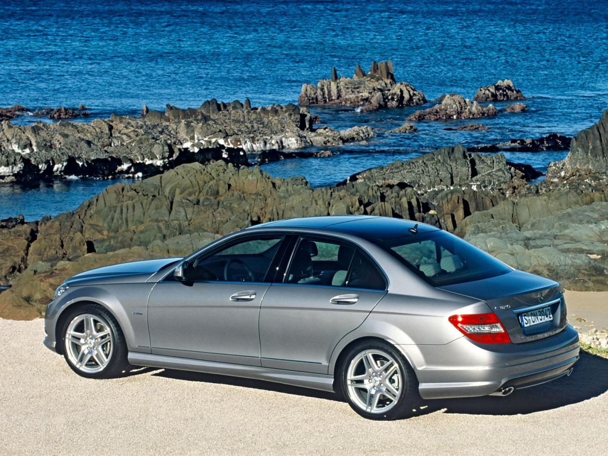 Mercedes benz c class w204 c 280 4matic 231 hp automatic for Mercedes benz c350 horsepower