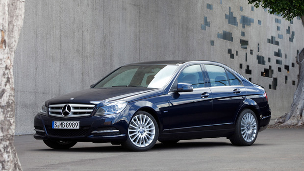 mercedes benz c class w204 facelift 2011 c 220 cdi 170 hp blueefficiency. Black Bedroom Furniture Sets. Home Design Ideas