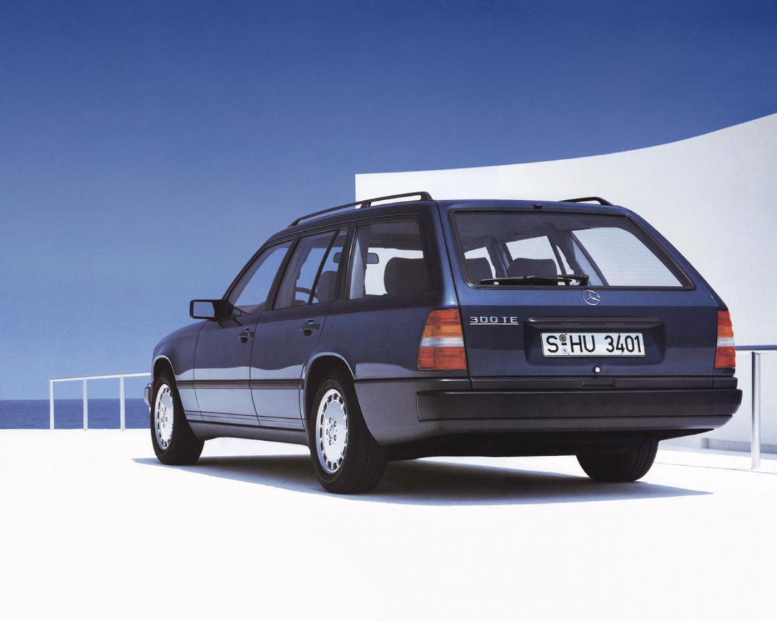 Mercedes benz e class t mod s124 e 320 t 220 hp for Mercedes benz 1986 e300