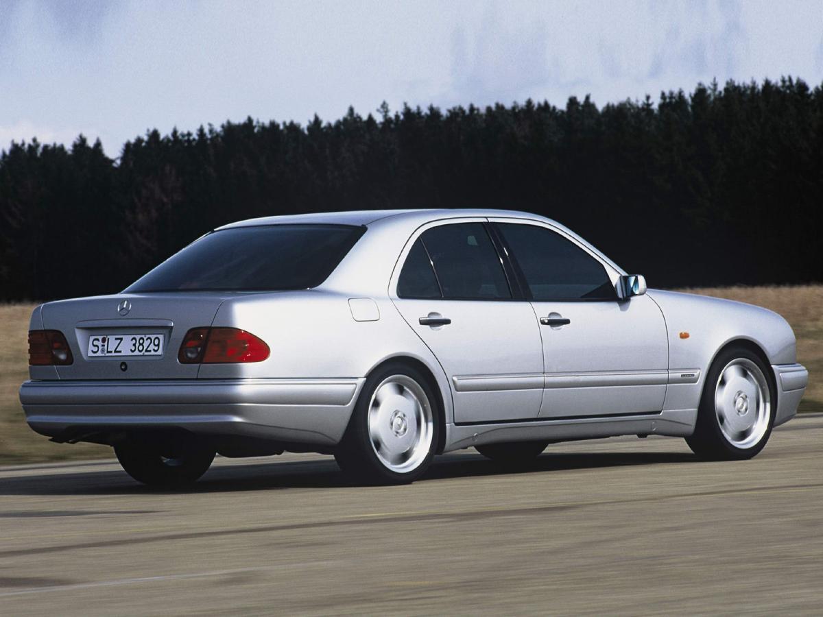 Mercedes Benz E Class W210 E 300 D 210 020 136 Hp