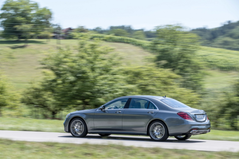 Mercedes benz s class w222 facelift 2017 s 400d 340 hp for 2017 mercedes benz s550 4matic