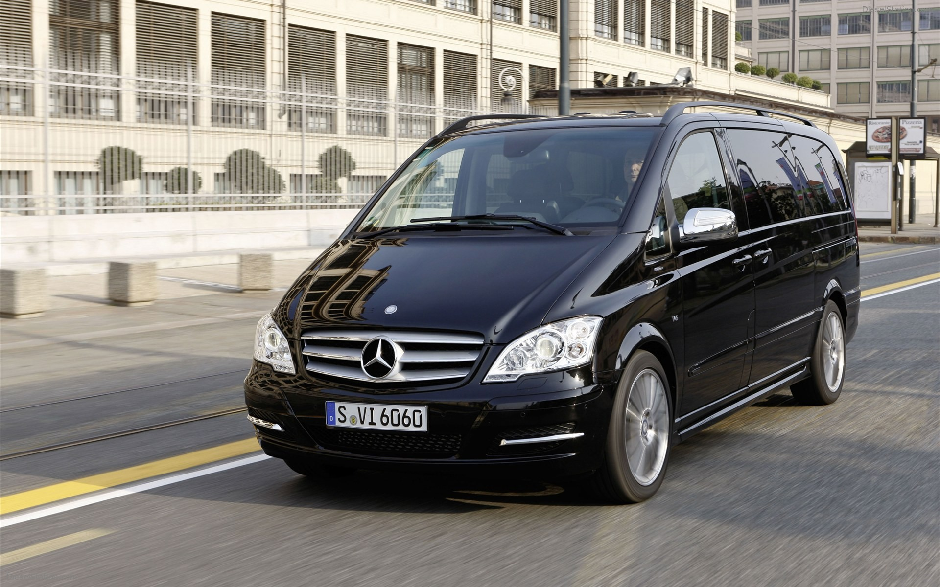 mercedes benz viano technical specifications and fuel economy. Black Bedroom Furniture Sets. Home Design Ideas
