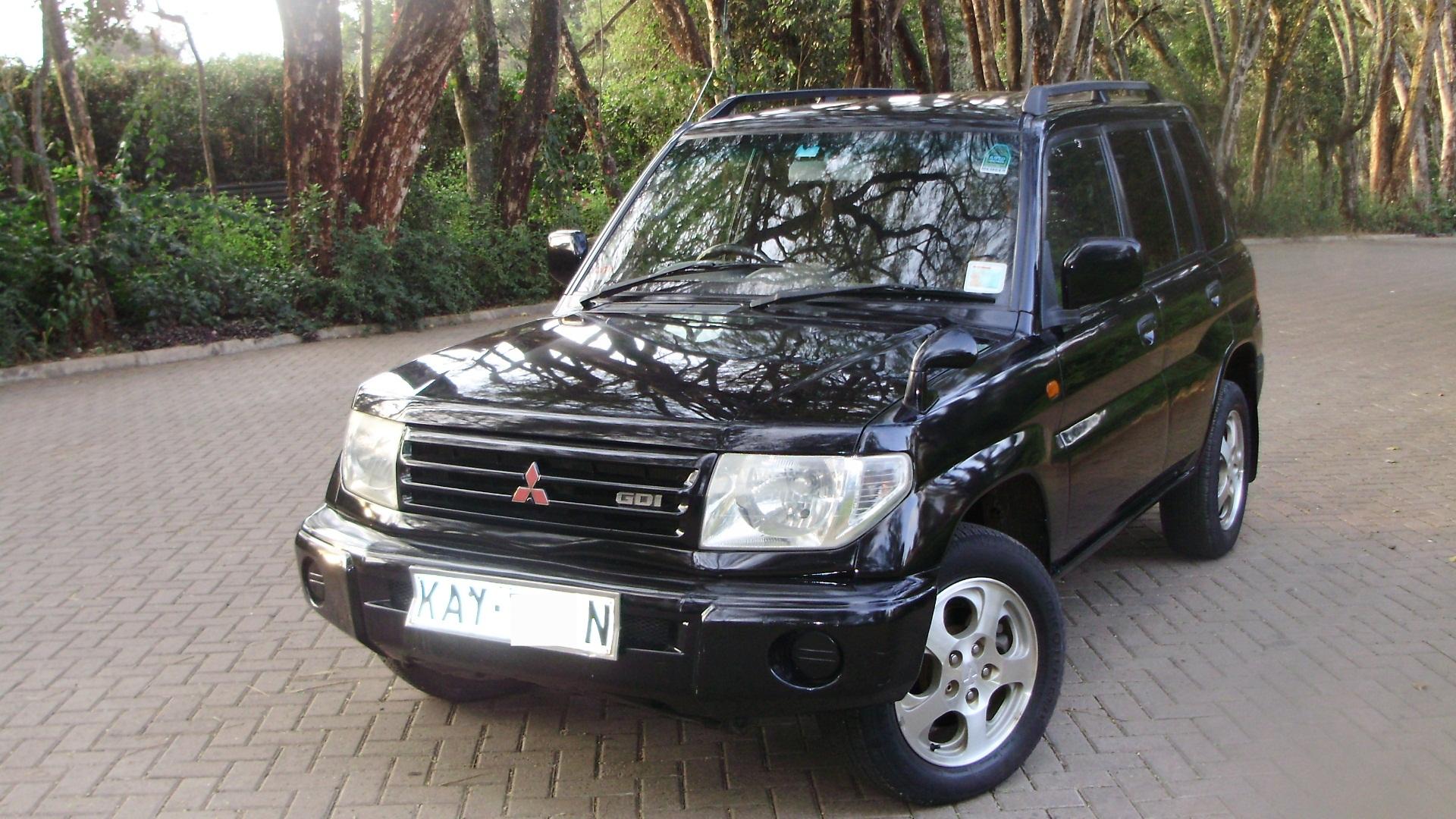 mitsubishi pajero io  h60  1 8 i 16v gdi 4wd  5 dr   160 hp