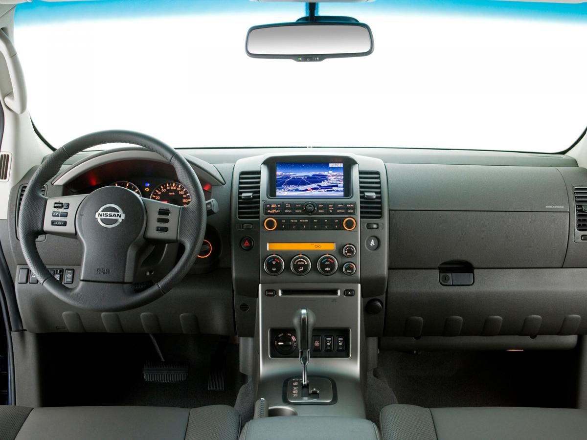 nissan navara iii d40 2 5 dci king cab 174 hp 4wd automatic. Black Bedroom Furniture Sets. Home Design Ideas