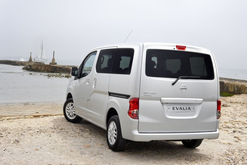 nissan nv200 evalia 1 6 110 hp. Black Bedroom Furniture Sets. Home Design Ideas