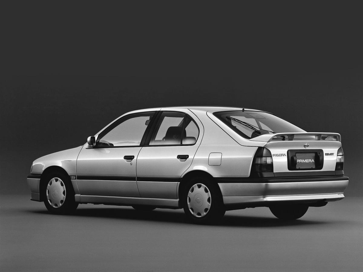 1992 nissan primera p10 in takin 39 over the asylum 1994. Black Bedroom Furniture Sets. Home Design Ideas