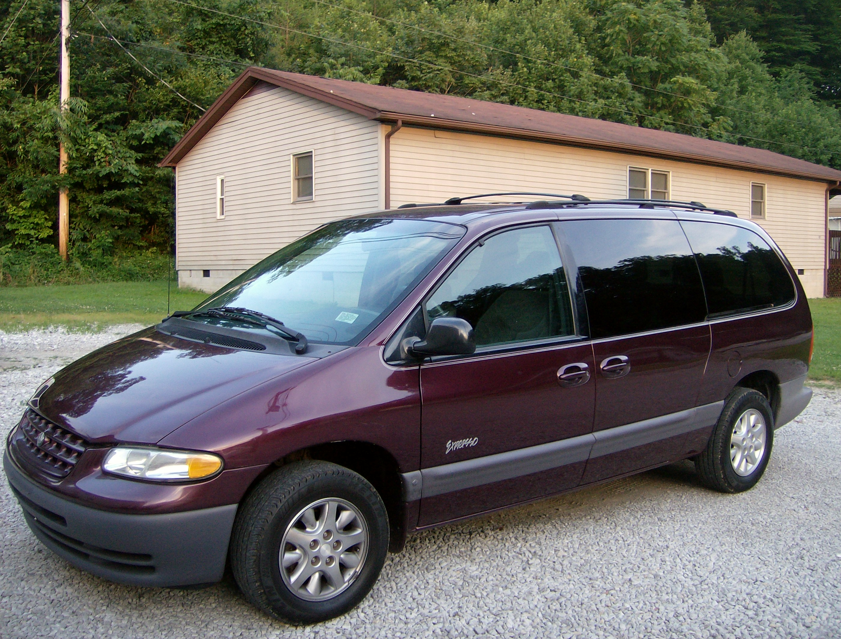 Plymouth Grand Voyager II