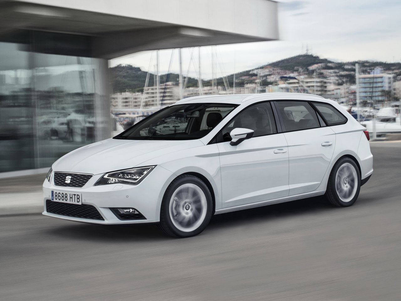 seat leon iii st 1 6 tdi 105 hp start stop dsg. Black Bedroom Furniture Sets. Home Design Ideas