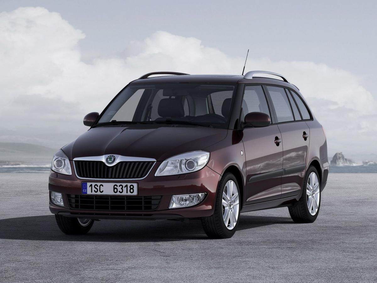 skoda fabia ii combi 1 2 htp 12v 70 hp. Black Bedroom Furniture Sets. Home Design Ideas