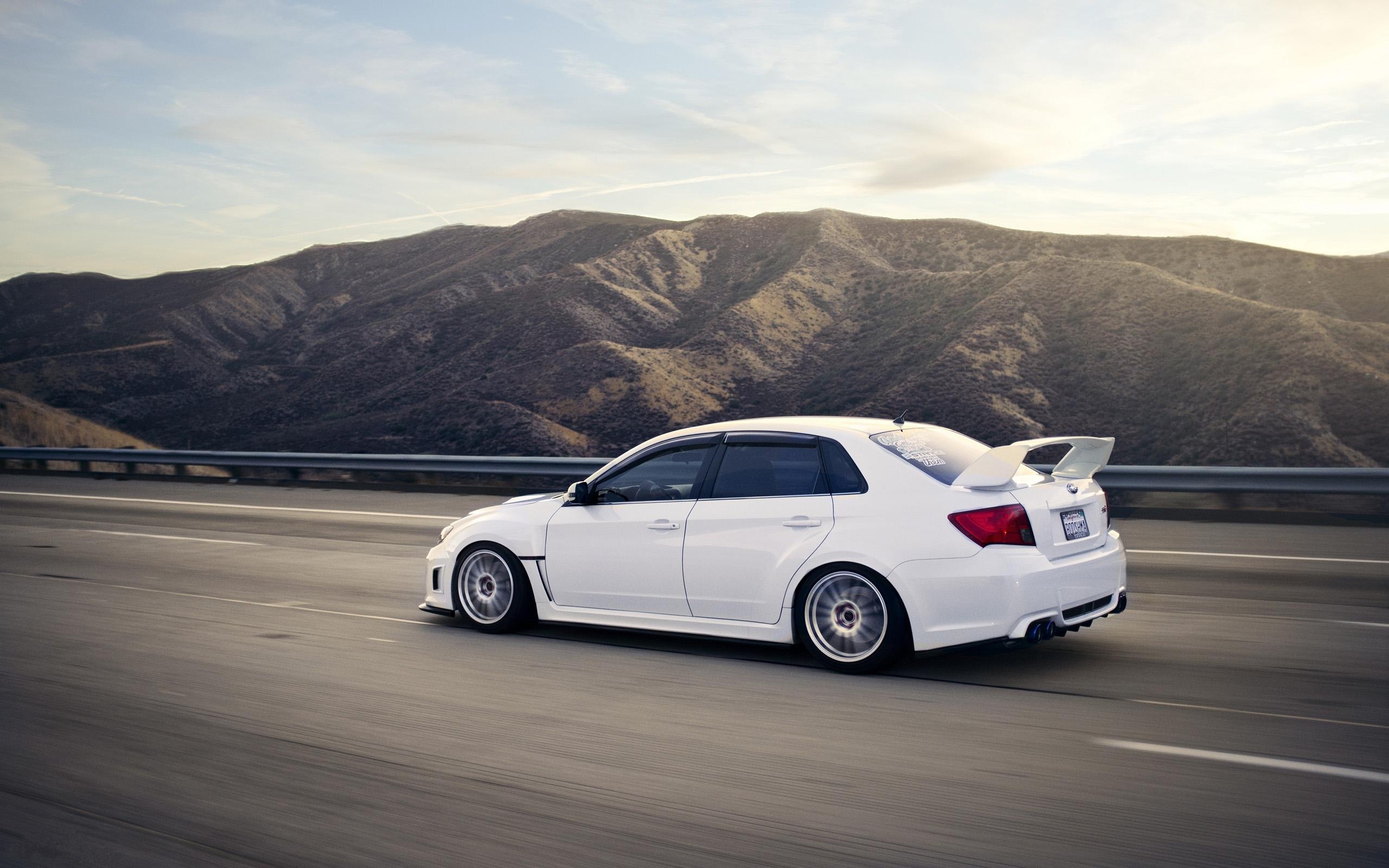 Subaru Wrx Sti Sedan 2 5 300 Hp Turbo