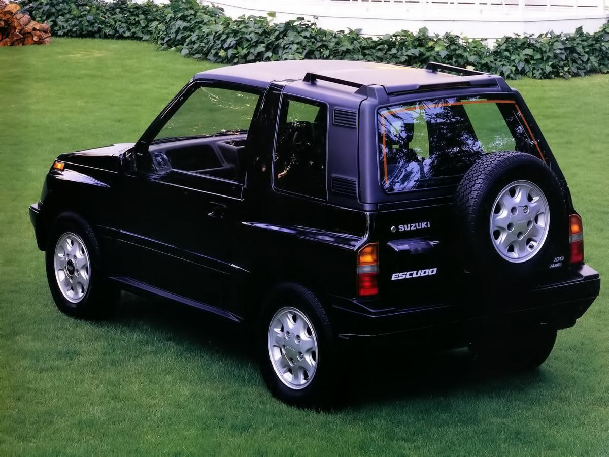 Suzuki Escudo B D