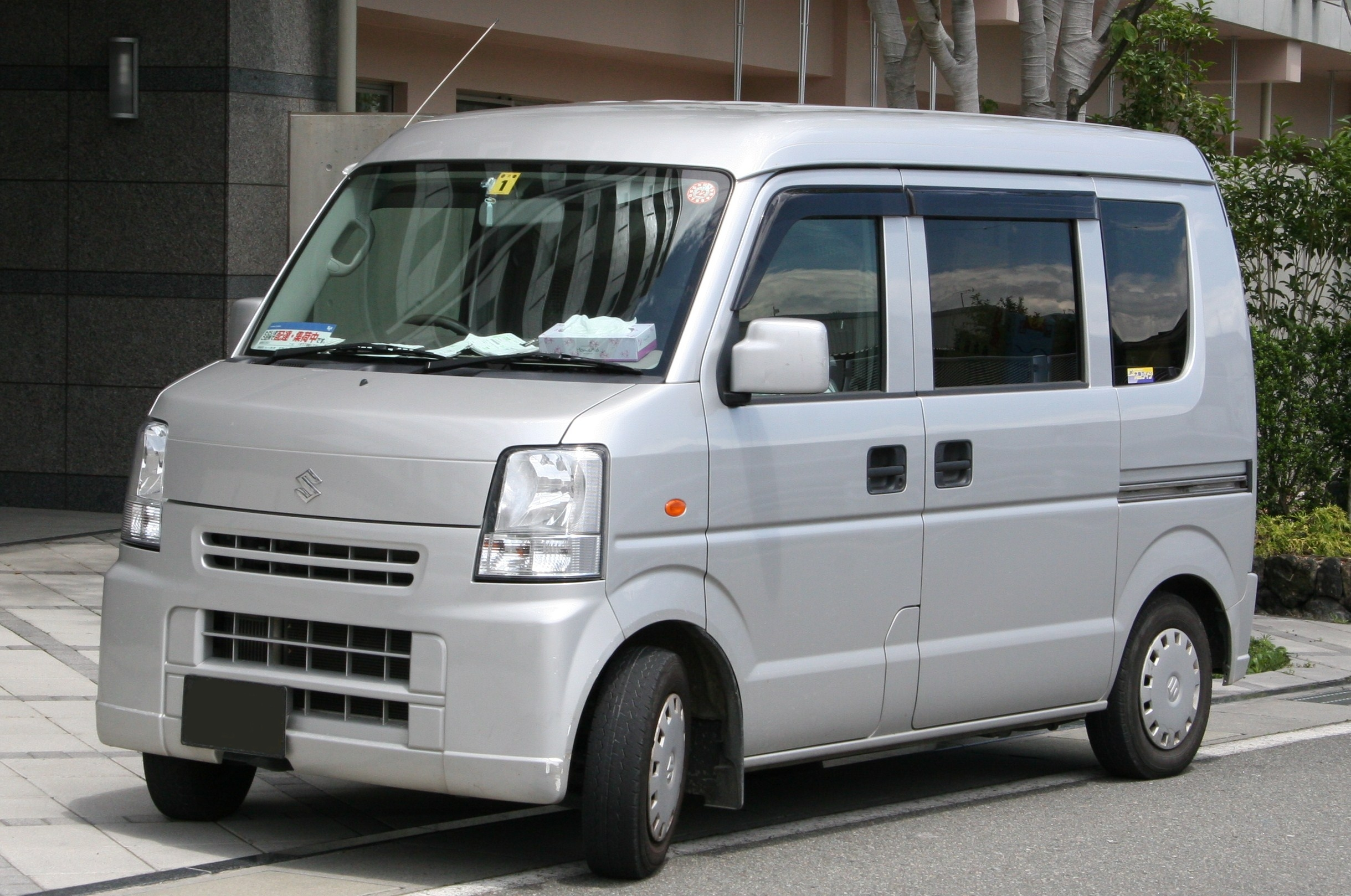 Suzuki Every technical specifications and fuel economy